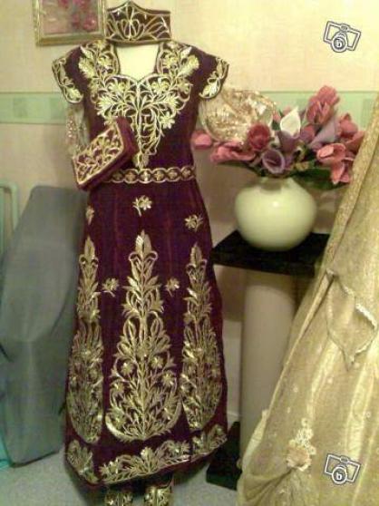 المزيد من اثواب العروسة الجزائرية تجهيزات العرس الجزائري الكل مدعو فساتين