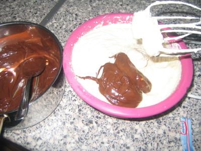 طريقة عمل كيك الكاكاو من مطبخي كالعادة .......بالصور