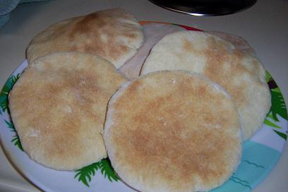 طريقة عمل الخبز الشامى
